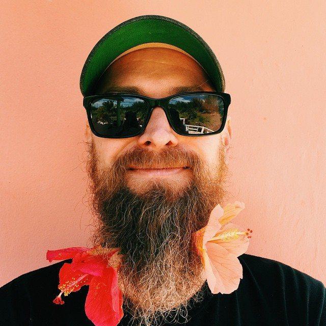 #beardlife @queenbeesanders @r51slash3 @norawalker